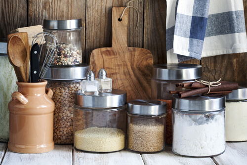 A Simple Guide to Storing Food Safely